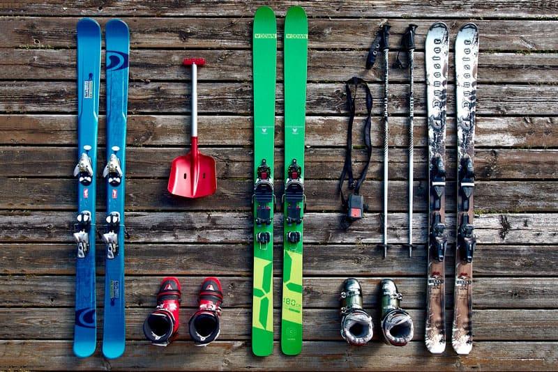 guardar los esquís en el trastero